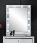 Halle mirror