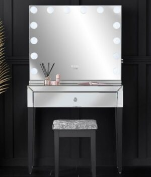 Laguna x Natalia silver dressing table